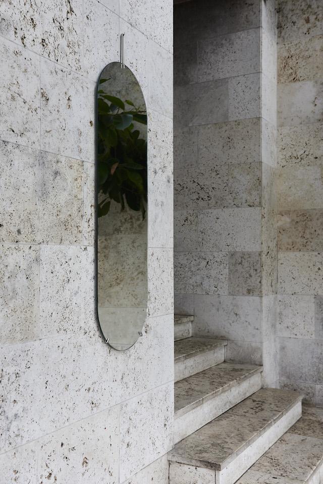 Moebe Minimal Scandinavian design | Tall wall mirror | Imm Cologne 2018